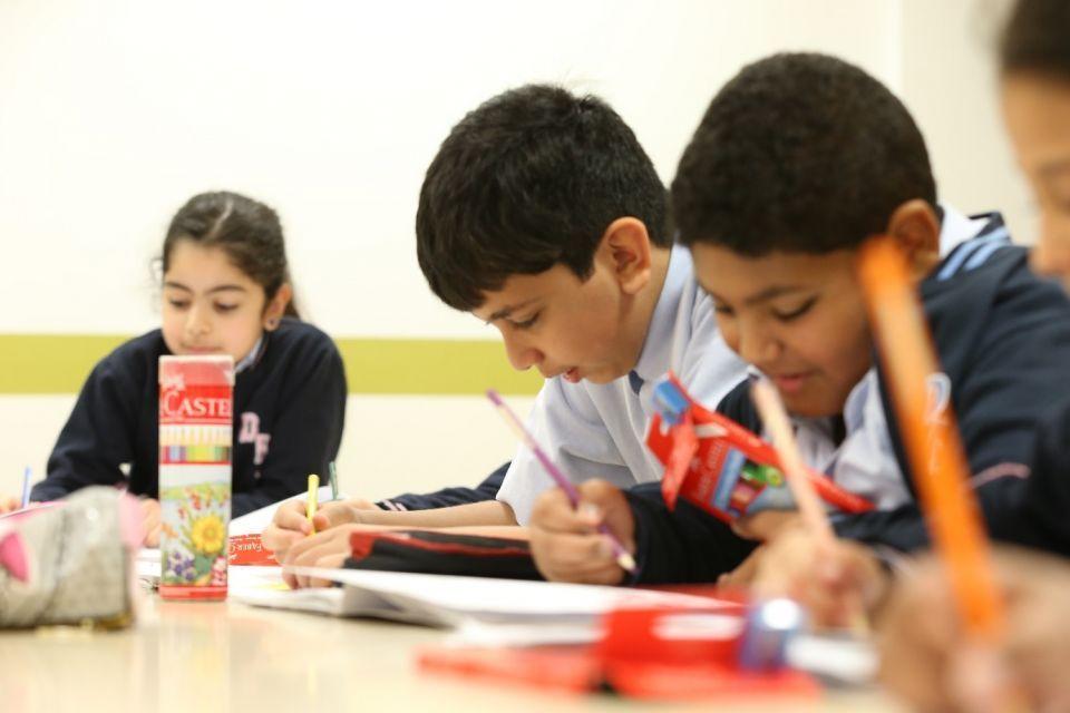 أبوظبي تعتمد مقترحا بإطلاق نموذج جديد للمدارس الخاصة