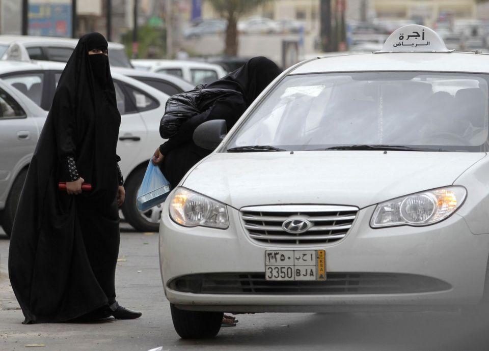 """تمهيداً لإطلاق """"أجرة الحرم"""".. إيقاف إصدار تراخيص سيارات الأجرة في مكة"""