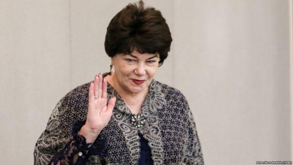 عضو برلماني روسية تحذر من ممارسة الجنس مع غير البيض خلال كأس العالم