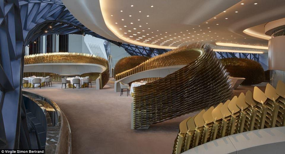 """افتتاح فندق """"مدينة الأحلام"""" في ماكاو الصينية من تصميم زها حديد"""