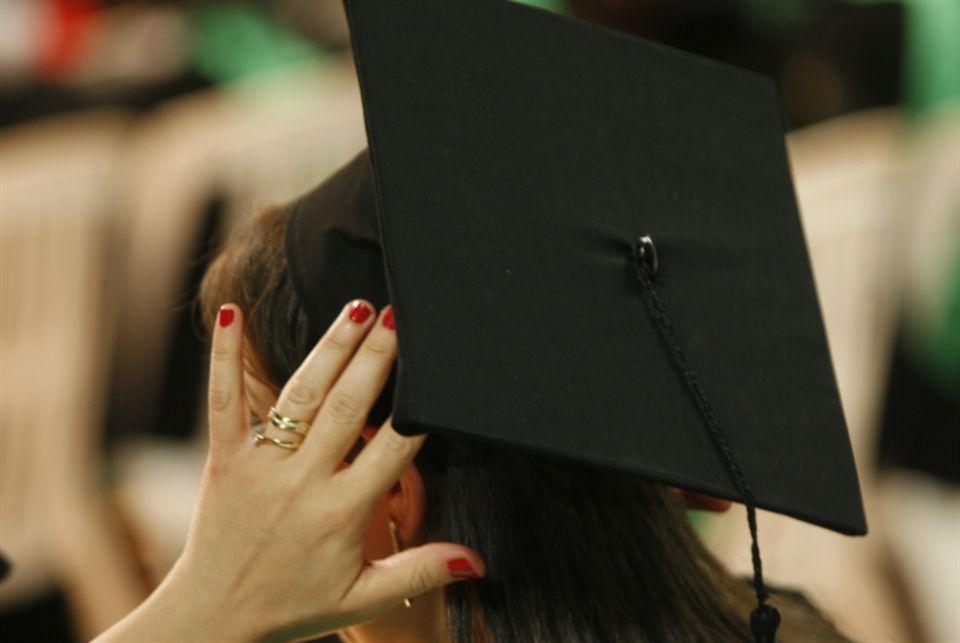 للسعوديين فقط،  اسعار تصل لـ 10 آلاف دولار لشهادة الدكتوراة في لبنان