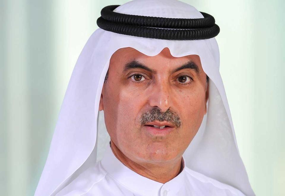 الإماراتي عبد العزيز الغرير يمول صندوقا بقيمة 100 مليون درهم لتعليم اللاجئين