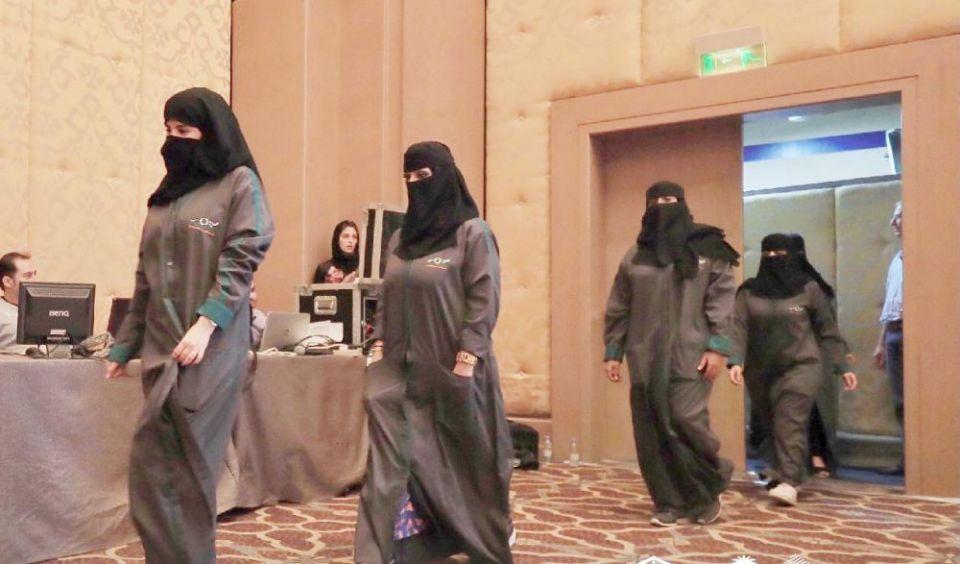 40 محققة في حوادث السير يتأهبن لبدء قيادة السعوديات الأحد