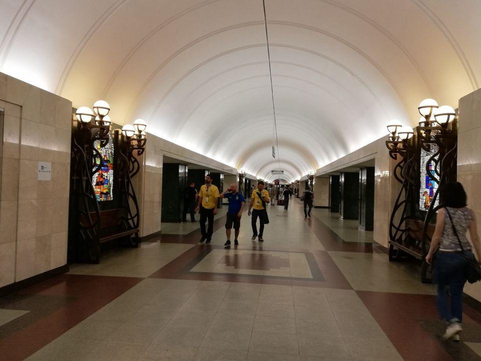 بالصور: هذا مترو سان بطرسبورغ الأعمق في العالم