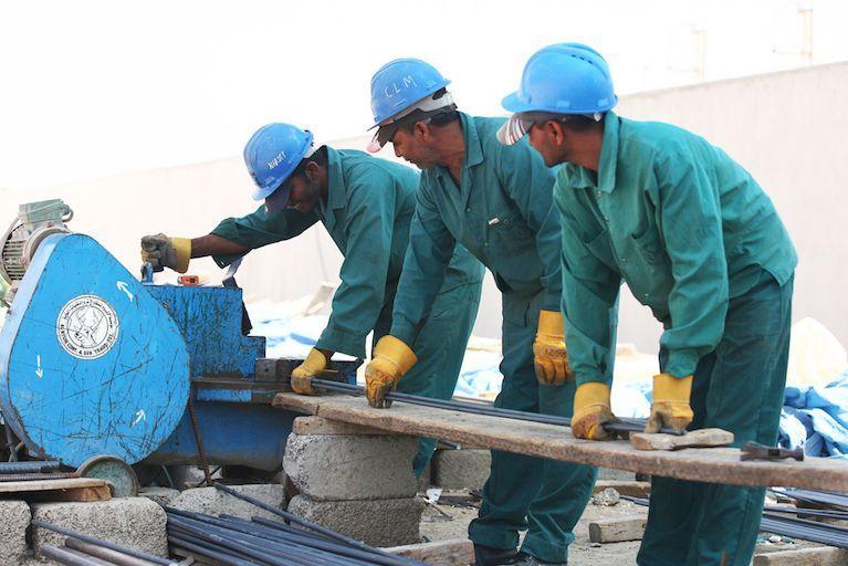 الإمارات: ترجيح ردّ الضمانات المصرفية على العمالة مطلع أكتوبر