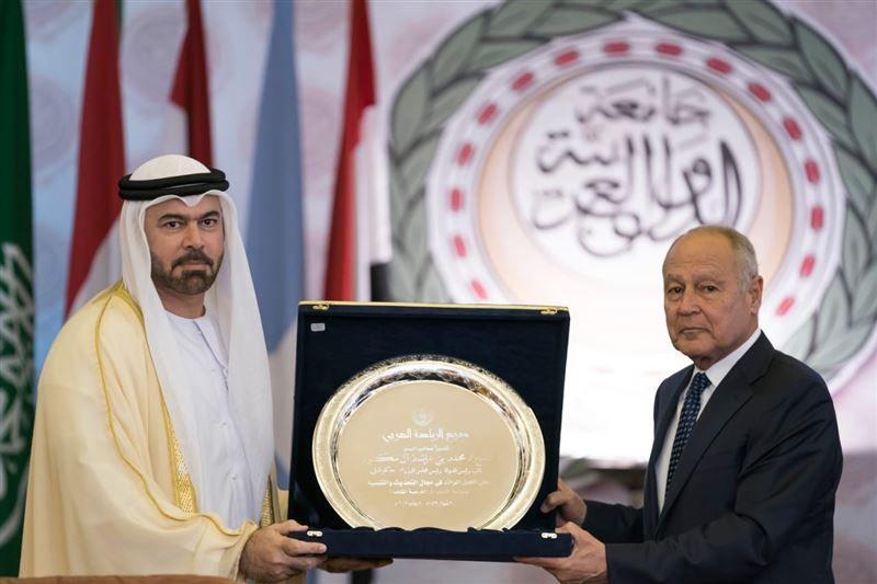 جامعة الدول العربية تمنح محمد بن راشد درع العمل التنموي