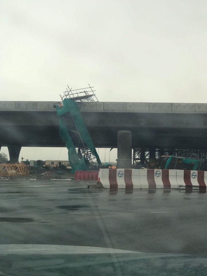 252 حادثاً مرورياً بسيطاً في دبي خلفتها الأمطـار والريـاح المغـبرة