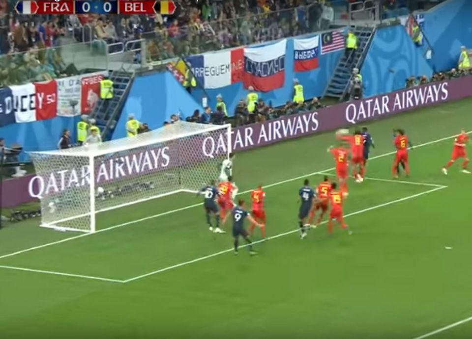 فرنسا تحجز موعدا لمباراة نهائي كأس العالم، وروبوت توقع الفوز فهل تصدق توقعاته للفائز بالكأس؟