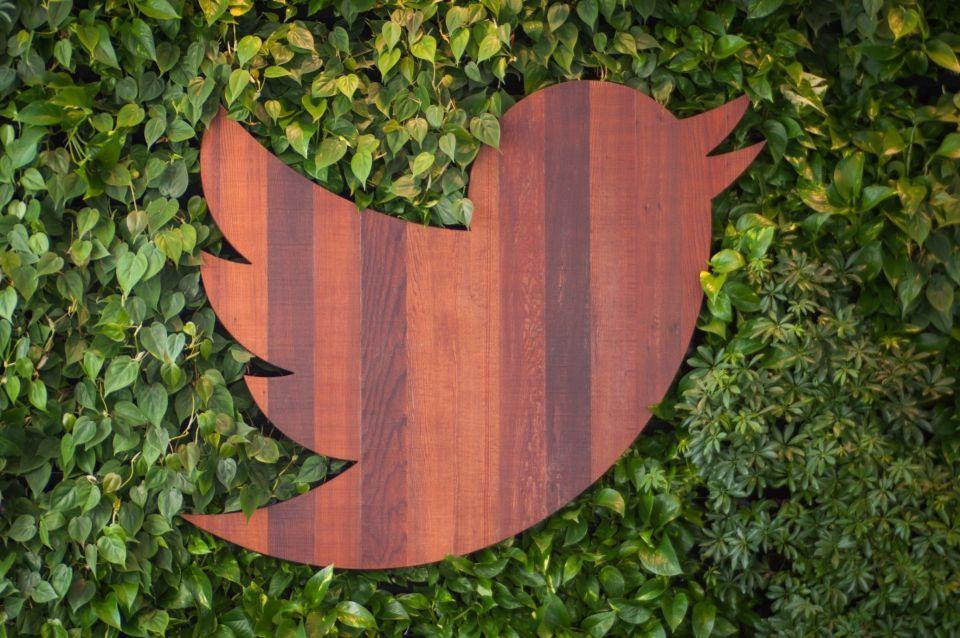 كيف يكافح تويتر السلوكيات المزعجة؟