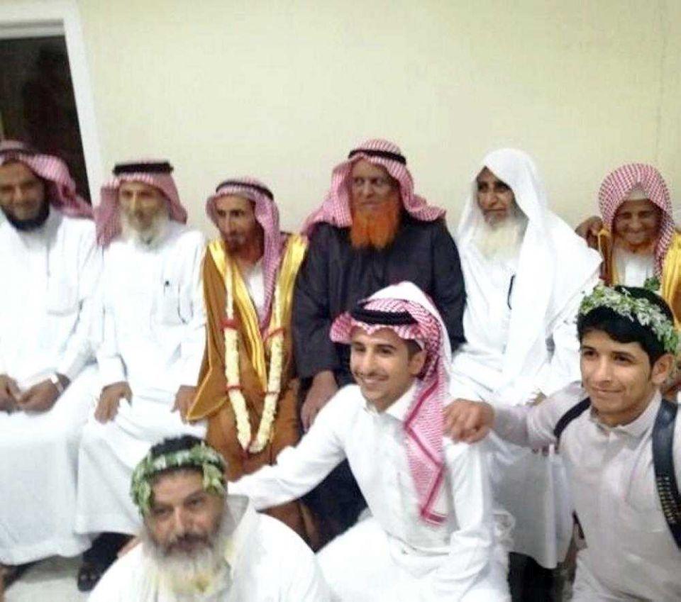 عجوز سعودي 82 عاماً يختار زوجة عمرها أقل من 30 عاماً