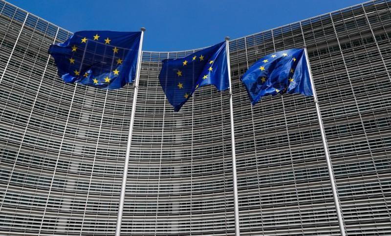 الاتحاد الأوروبي يفرض قيودا على واردات الصلب بعد رسوم فرضها ترامب