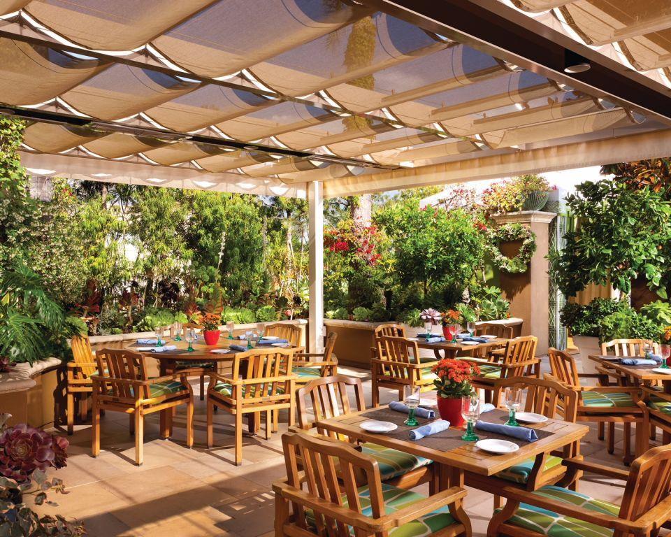طرح تجربة المأكولات النباتية من فندق فورسيزونز لوس أنجلوس في بيفرلي هيلز