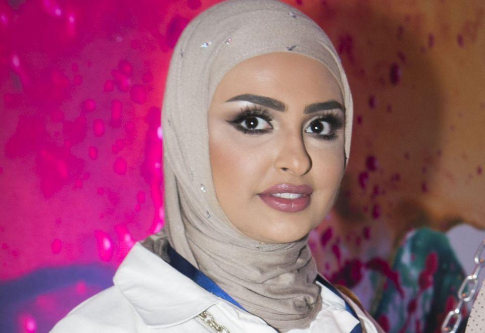 بعد اتهامها بالعنصرية... الكويتية سندس القطان تدافع عن تعليقاتها حول العمالة المنزلية