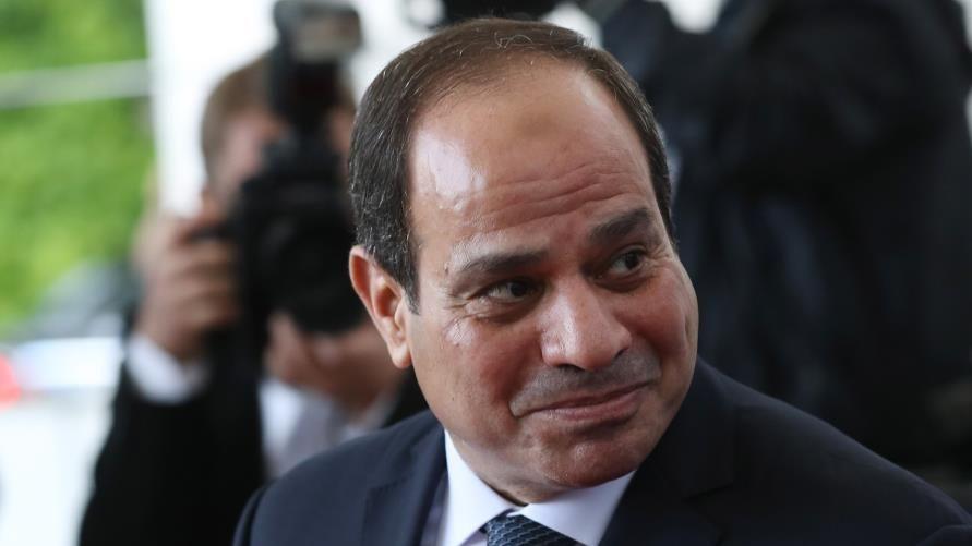 الرئيس المصري يرد على هاشتاغ «ارحل يا سيسي!»