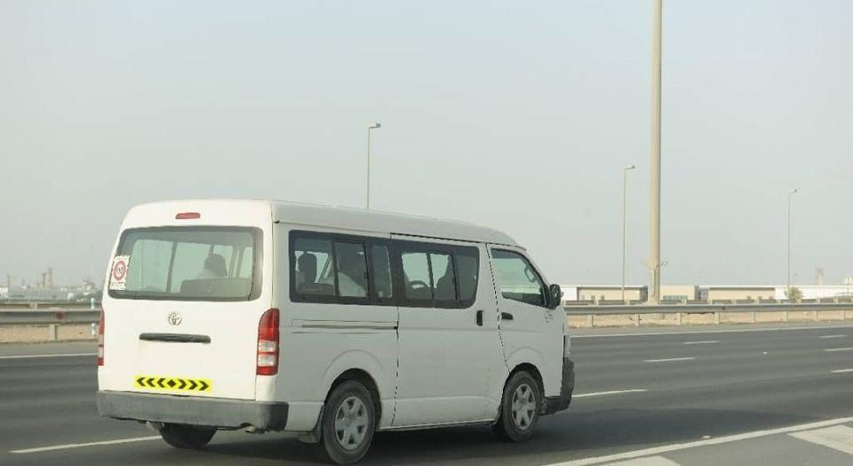 مواصفات جديدة لترخيص حافلات الركاب والشحن الصغيرة في أبوظبي