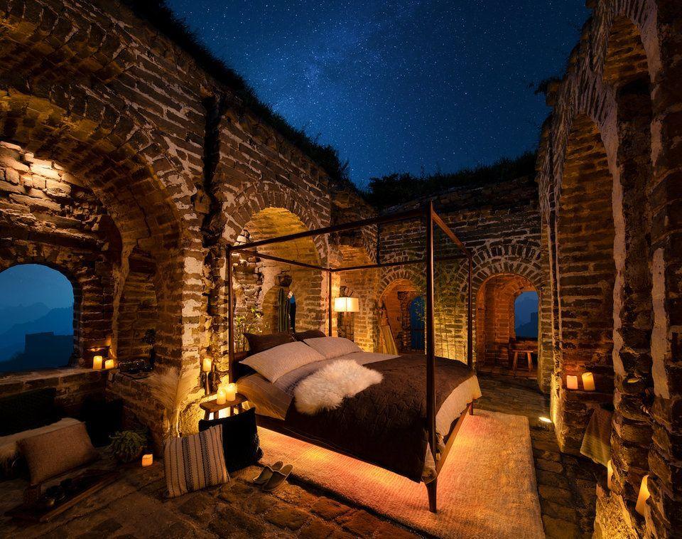 """بالصور: """"Airbnb"""" تنظم مسابقة تتيح للفائزين فرصة الإقامة في سور الصين العظيم"""