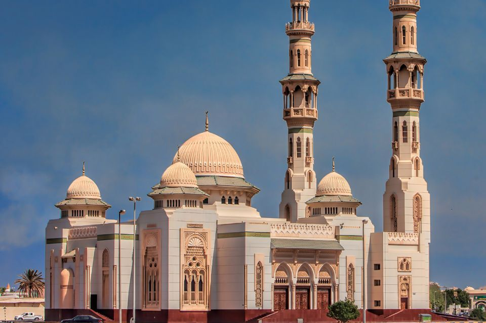 مواعيد وأماكن صلاة عيد الأضحى في دبي والشارقة