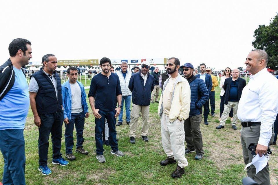 محمد بن راشد يشهد إنجاز فرسان الإمارات في مهرجان القدرة بإنجلترا