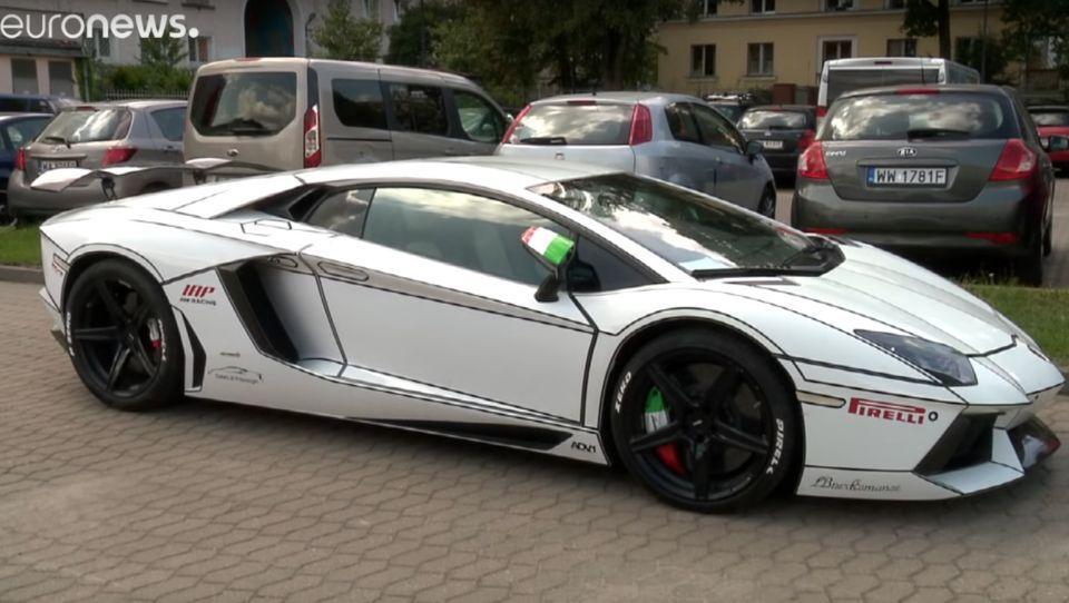شاهد سيارة  لامبورغيني في بولونيا بعد سرقتها من مالكها الإماراتي في فرنسا