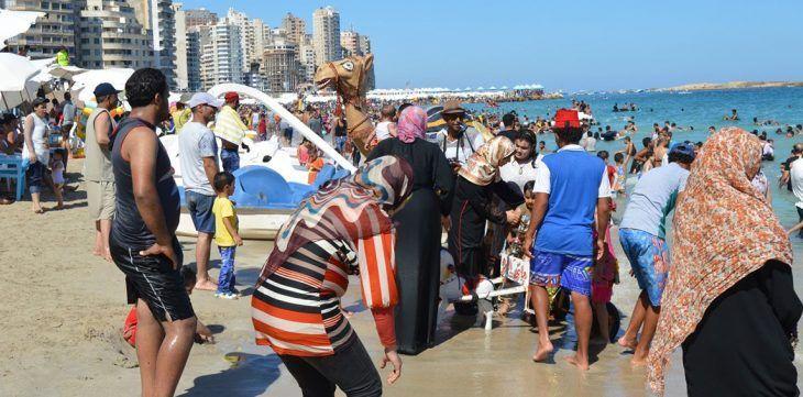 فيديو: جريمة قتل على شاطئ مصري سببها التحرش بسيدة متزوجة