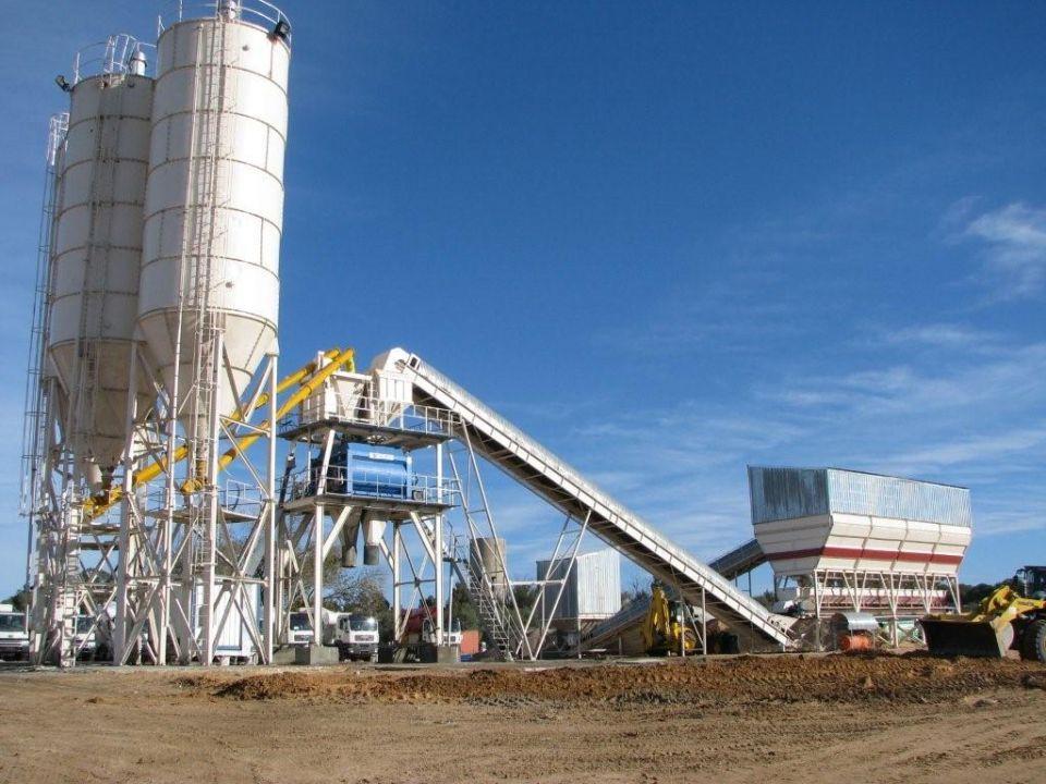 مصانع خرسانة في السعودية تضيف السكر لتأخير تصلبها