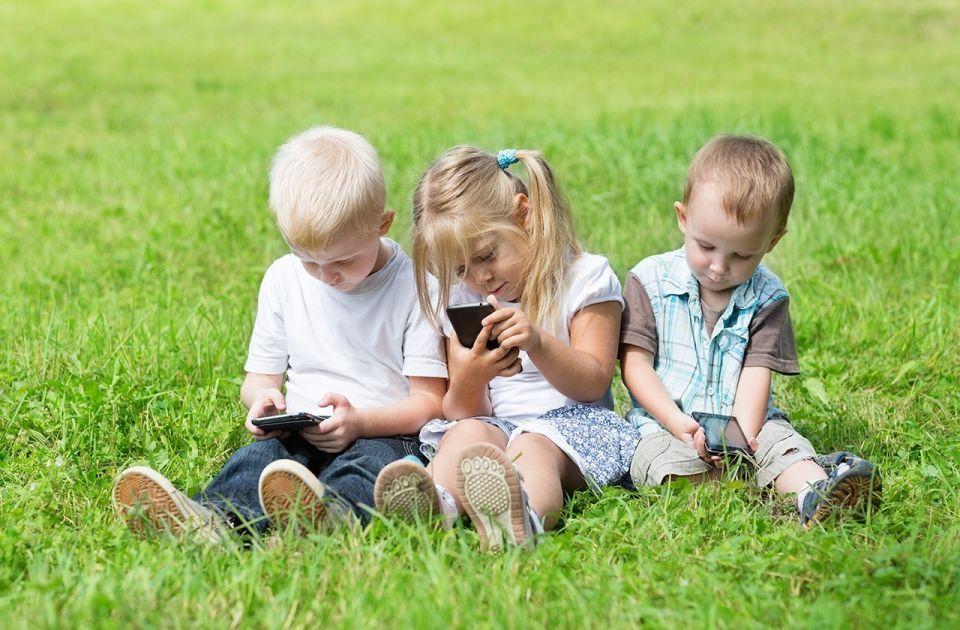 كاسبرسكي لاب: الأطفال في الإمارات يبحثون أحياناً عن محتوى خاص بالبالغين