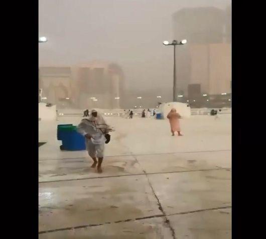 فيديو: برد وأمطار غزيرة في مكة والمدينة.. حوادث ووفيات وصواعق