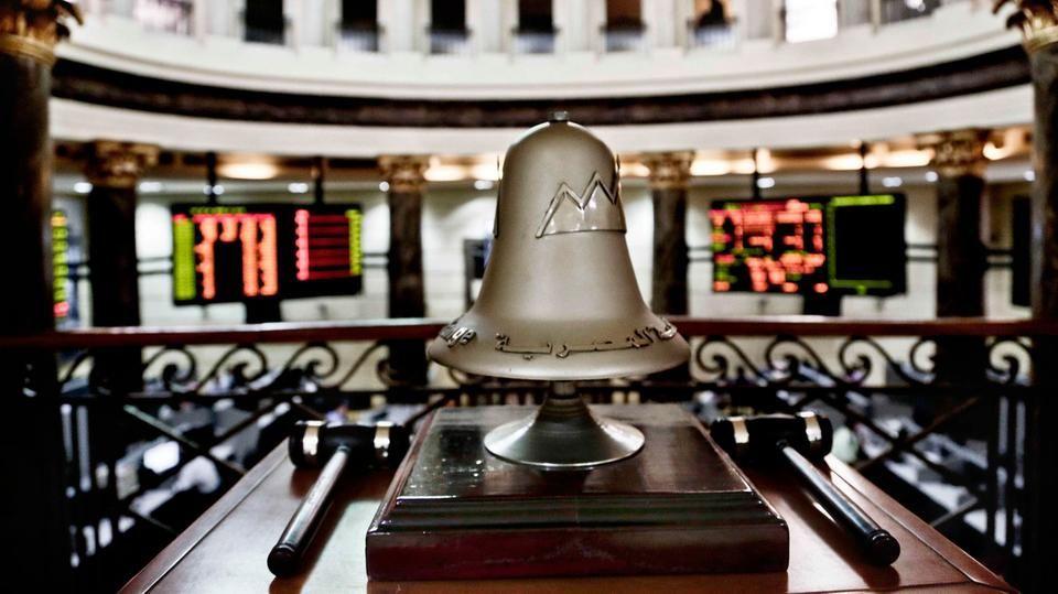 تراجع حاد للأسهم المصرية والبورصة تفقد 74 مليار جنيه في أسبوع