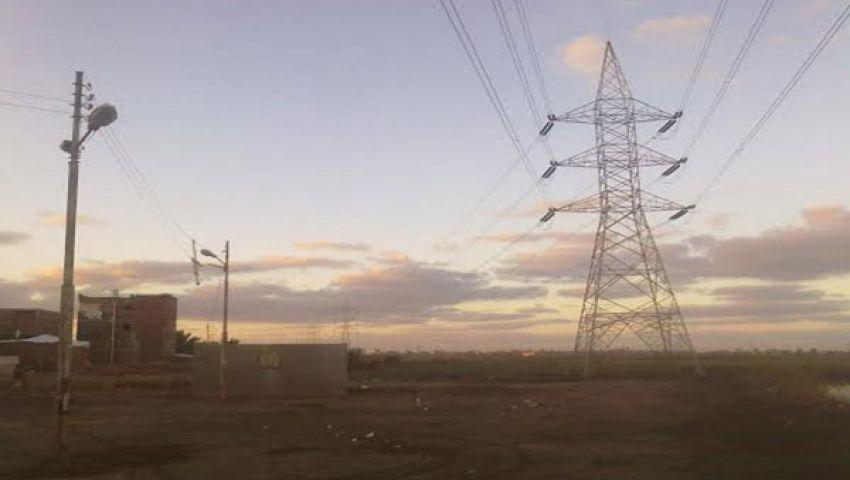 مصر توقع اتفاقا مع سيمنس لإدارة محطات للكهرباء بقيمة 352 مليون دولار