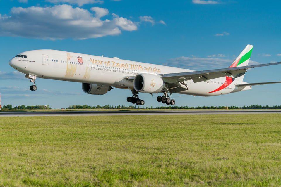 طيران الإمارات والاتحاد للطيران تنفيان تقريرا عن اندماج محتمل