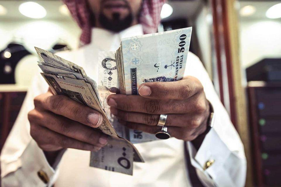 متى ستصرف العلاوة السنوية للموظفين السعوديين والأجانب بعد ربطها بالأداء الوظيفي؟