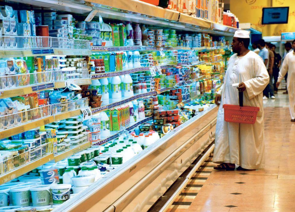 لماذا ألغت شركات الألبان في السعودية تاريخ الإنتاج؟