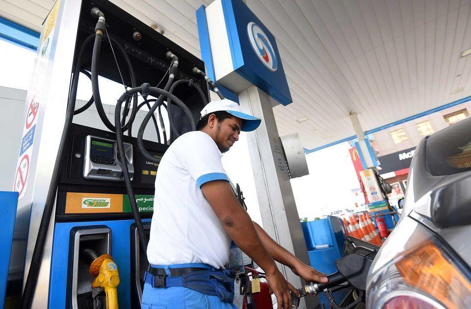 البنزين يرتفع فلسين في أكتوبر مع إعلان أسعار الوقود بالإمارات