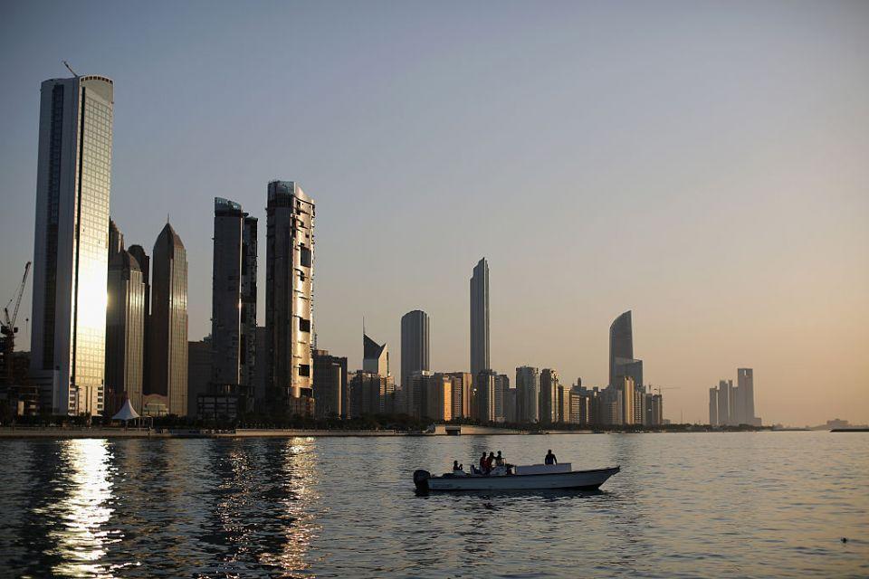 2.9 عدد سكان أبوظبي و884 مليون درهم للرعاية الاجتماعية
