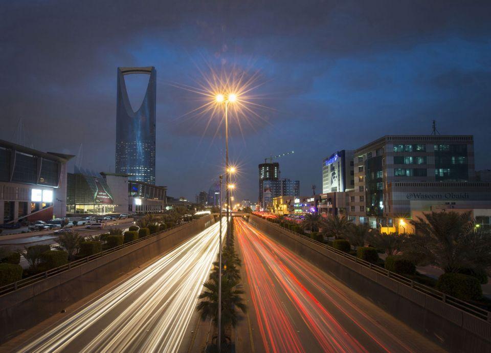 السعودية تستثمر 75 مليار في طاقة إنتاج النفط الفائضة
