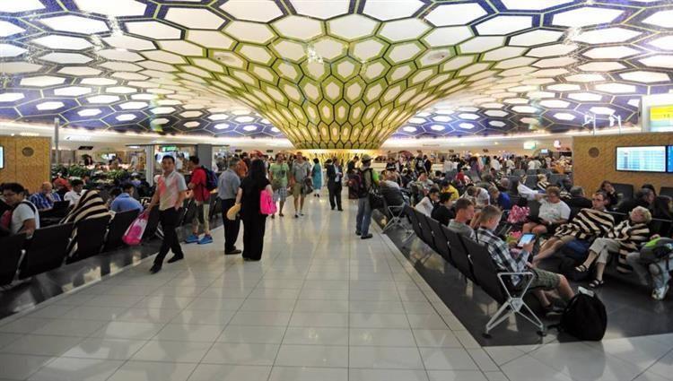 الإمارات: لا تمديد لزيارة من تجاوز 30 يوماً من انتهاء تأشيرته
