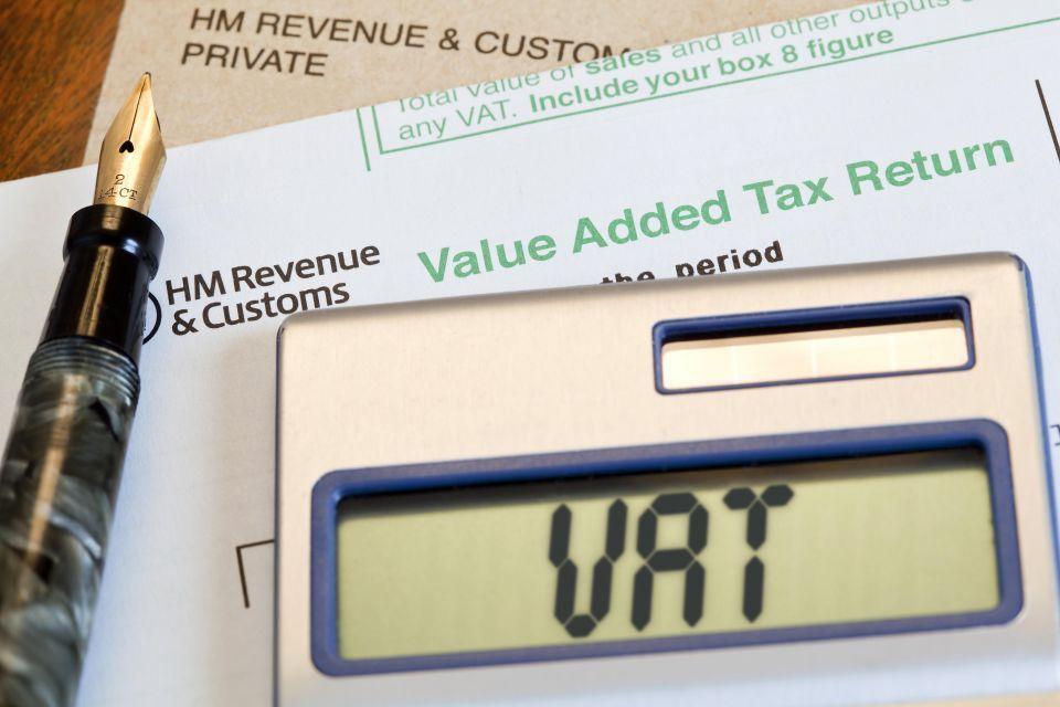 الإمارات تعلن عن إقرار ضريبي نصف سنوي للعقار التجاري قريبا