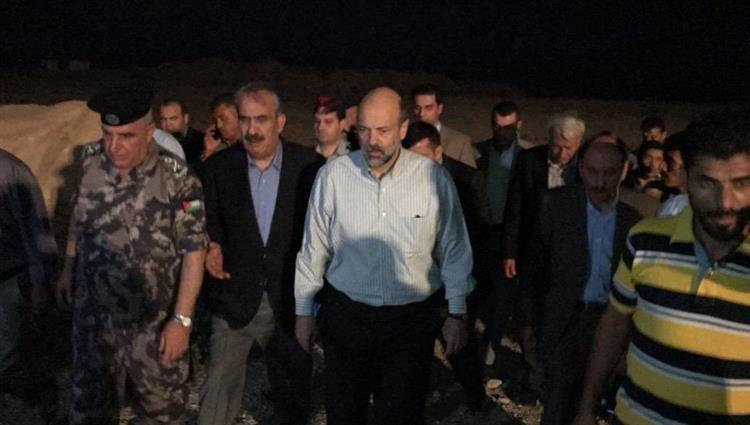 بالفيديو.. عشر وفيات و22 مصابا بينهم طلبة ضحايا سيول البحر الميت بالأردن