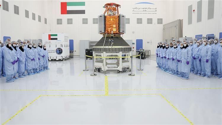 الإمارات تدشن عهد التصنيع الفضائي الكامل بإطلاق «خليفة سات» الاثنين