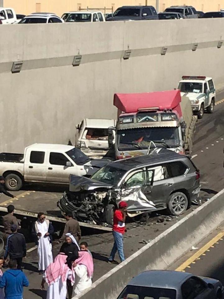 السعودية: تصادم جماعي داخل نفق بالطائف يحتوي على عيب هندسي