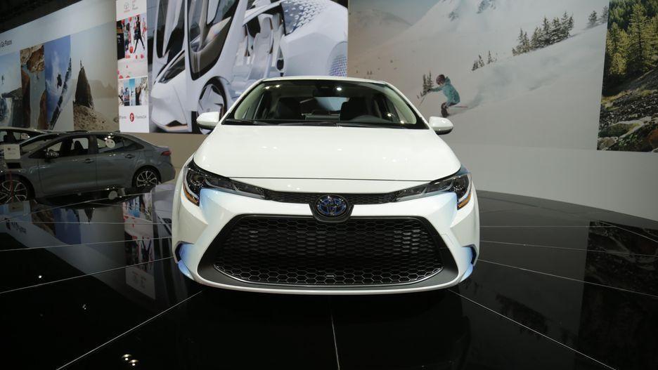 بالصور : تويوتا تكشف عن أكثر سيارات كورولا كفاءة في استهلاك الوقود