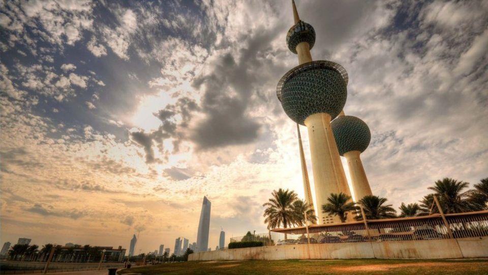 الكويت تستثني 3 وظائف من التكويت