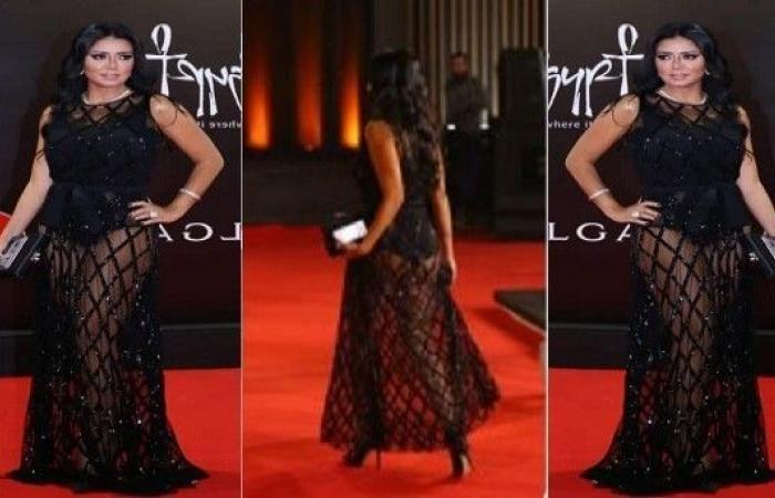 التنازل عن بلاغات ضد الممثلة المصرية ضد رانيا يوسف بسبب فستانها