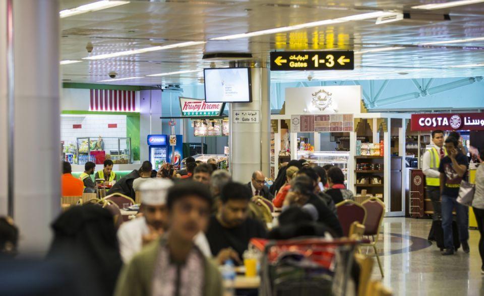 مطار الشارقة يبدأ تطبيق قواعد للتعامل مع أمتعة المسافرين