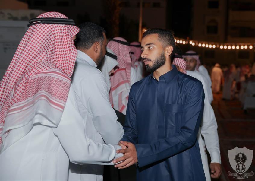 الأهلي السعودي يخصص دخل مباراته مع الوحدة لمشجعه محي الدين أمين باز