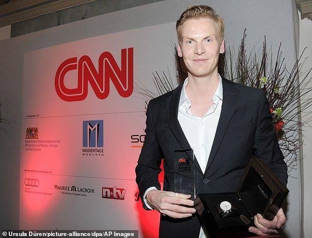 سي إن إن منحت جائزة لصحافي «شبيغل» الذي زوّر تقاريره لسنوات