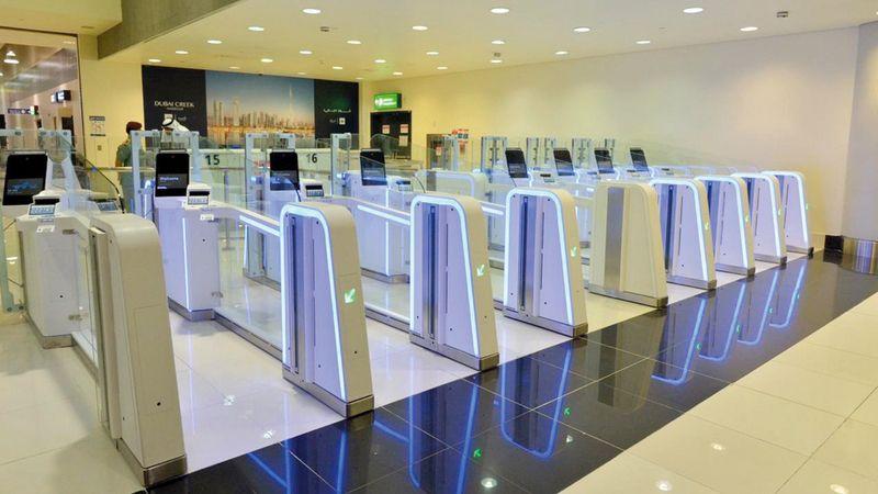 22 % من مسافري مطارات دبي استخدموا البوابات الذكية