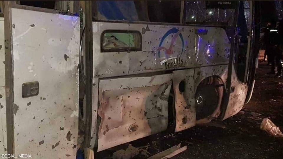 حصيلة جديدة لقتلى انفجار استهدف حافلة سياح فيتناميين بمصر