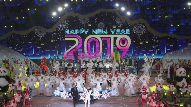 العالم يحتفل برأس السنة الجديدة 2019