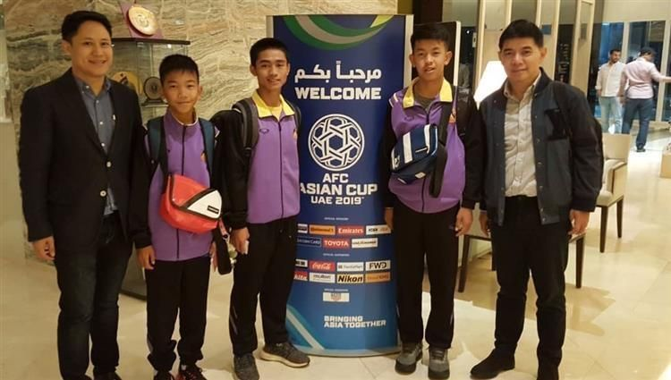 دعوة «أطفال الكهف» لمشاهدة مباراة منتخب تايلاند في كأس آسيا